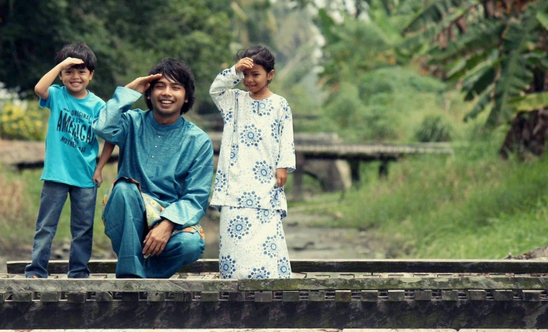 BAGAN DATOH 21 August 2012. Photoshoot singer singer and also songwriter, Nabil Zamanhuri in his hometown. Photo Adib Rawi Yahya