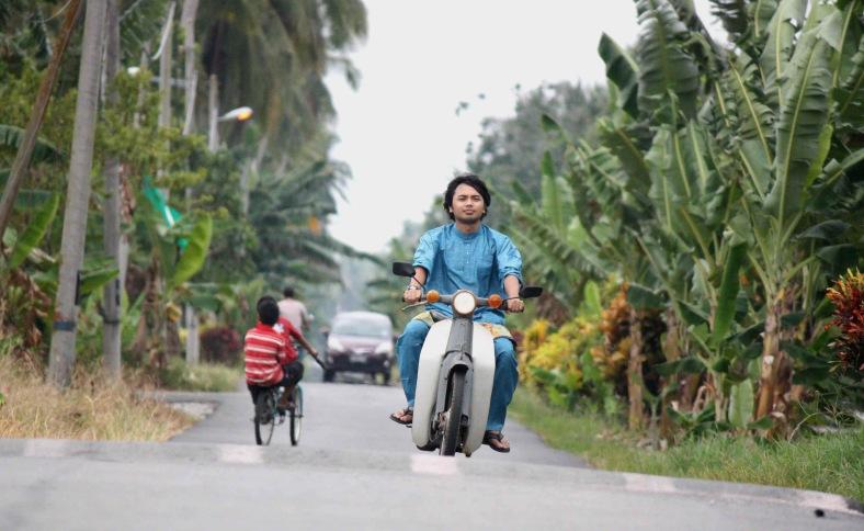 BAGAN DATOH 21 August 2012. Photoshoot singer and also songwriter, Nabil Zamanhuri in his hometown. Photo Adib Rawi Yahya