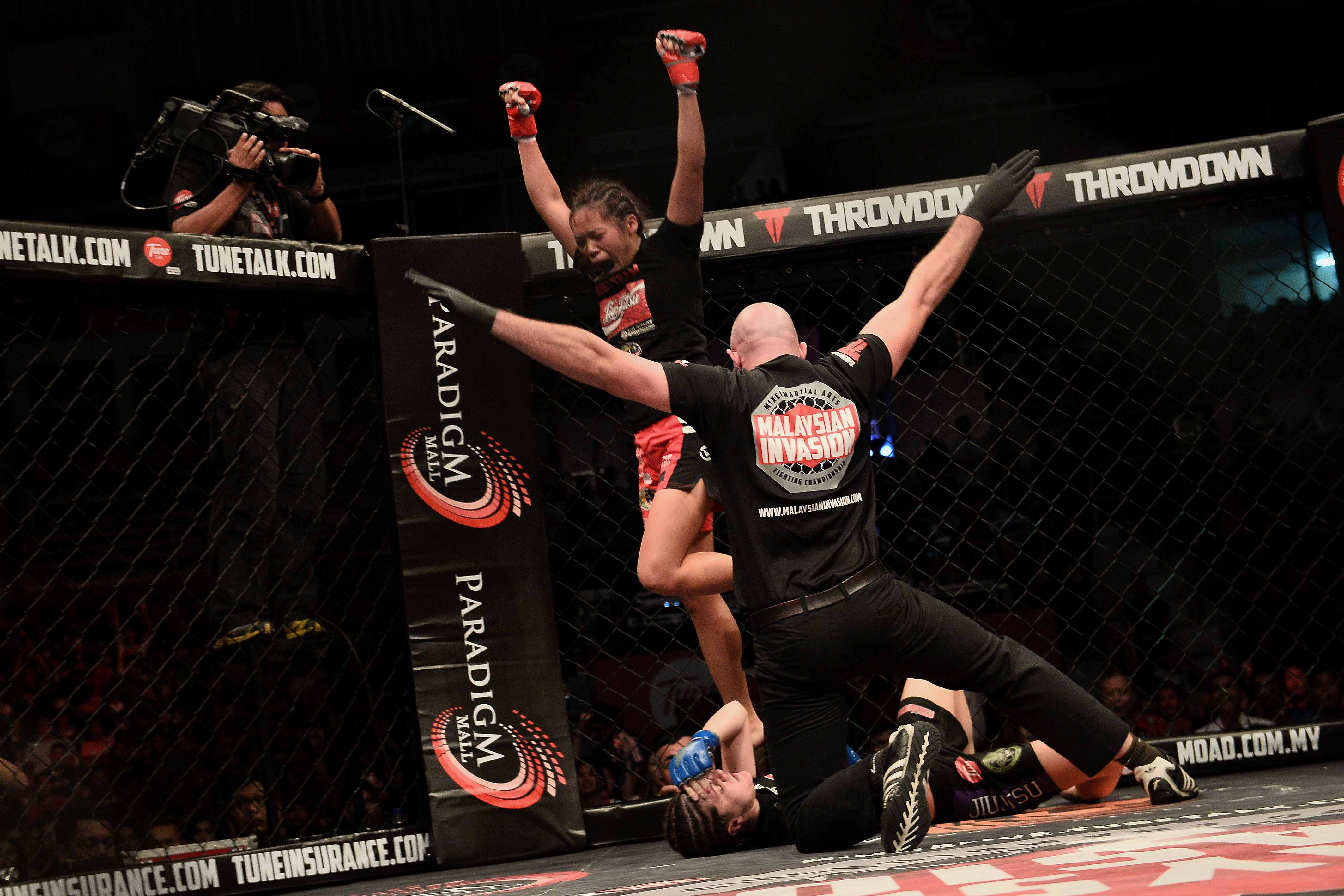the popularity of mixed martial arts essay Pdf | on jan 1, 2015, nick j watson and others published christianity, boxing and mixed martial arts: reflections on morality, vocation and well-being.